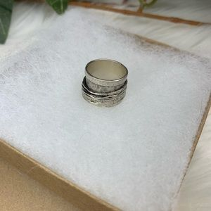Sundance Spinning Time Travel NWT Spin Ring Silver